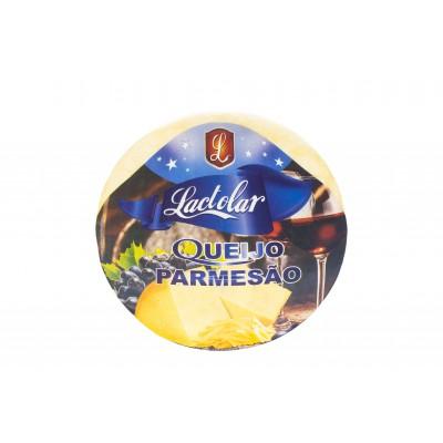 7546 - queijo parmesão Lactolar +/- 5kg